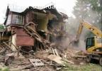 Демонтаж сарых домов сараев пристроек